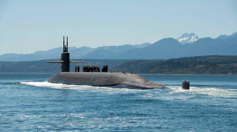 Американские подводники приблизили начало ядерной войны - «Армия»