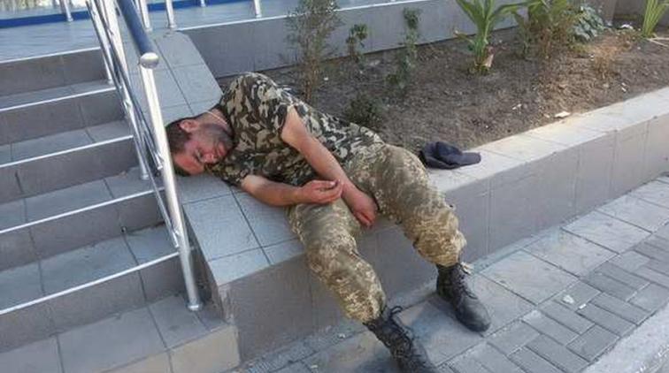 Драки женщин и коррупция. Как оскандалилась украинская армия за эту неделю - «Новости дня»