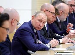Народ разозлится, если поймет тайну путинских поправок - «Новости дня»