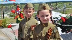Путин поручил к марту подготовить проект по патриотическому воспитанию - «Новости дня»