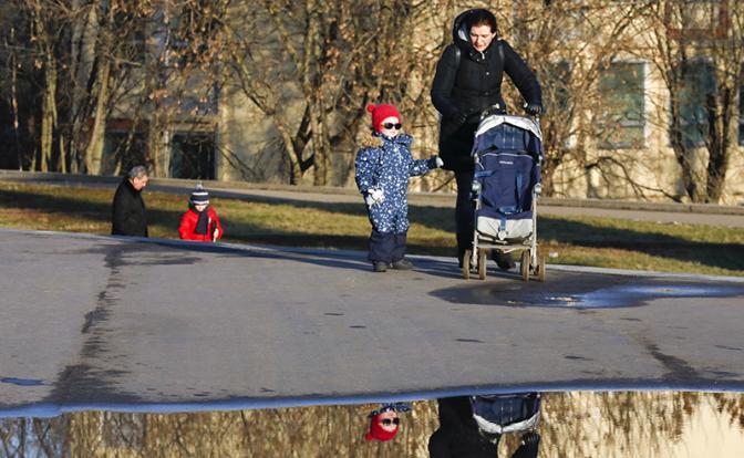 Теплая зима в Москве — предвестник климатической катастрофы - «Общество»