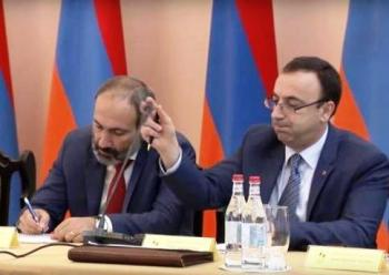 Волшебная ручка Товмасяна - «Видео Новости»